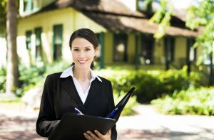 Hire Real Estate Agent